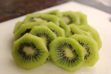 kiwi-fruit-sliced